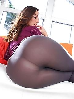 Big Ass Pantyhose Pics