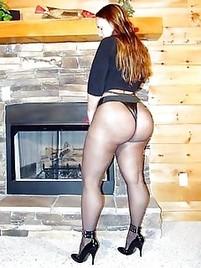 Big booty pantyhose pics